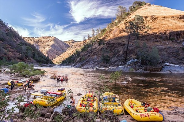 Camping on the Tuolumne River