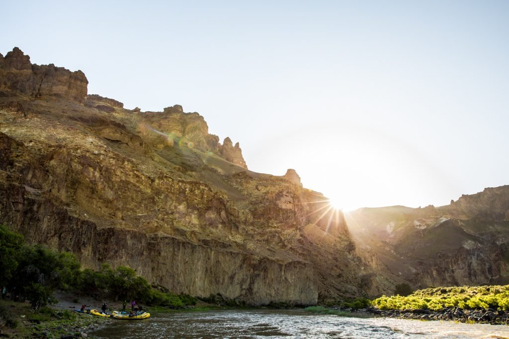 The Quick Guide to Oregon Rafting Trips | Owyhee River