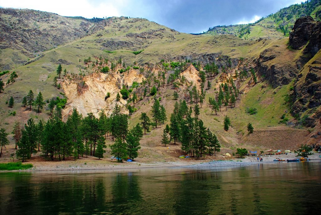 The Quick Guide to Oregon Rafting | Snake River