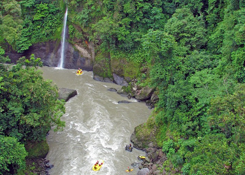 7 Reasons Everyone Should Visit Costa Rica at Least Once